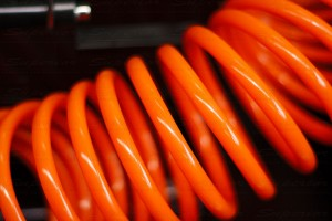 High visibility air hose has plenty of length for maximum reach
