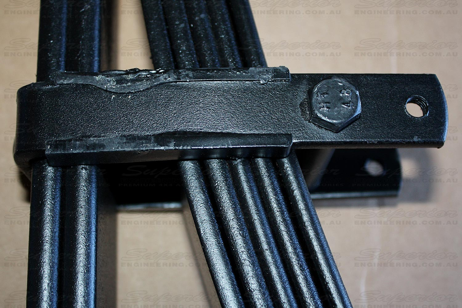 Close up view of the rebound clip of the leaf spring