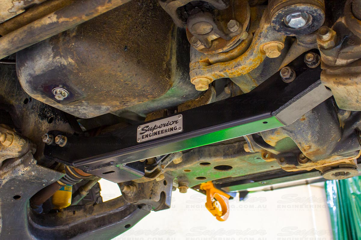 Crossmember With Diff Drop Toyota Landcruiser 100 Series | 4x4